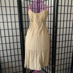 💫3/$20 BCBG midi dress, size S